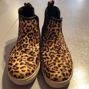 Steve Madden 8.5 high top sneakers elvinn